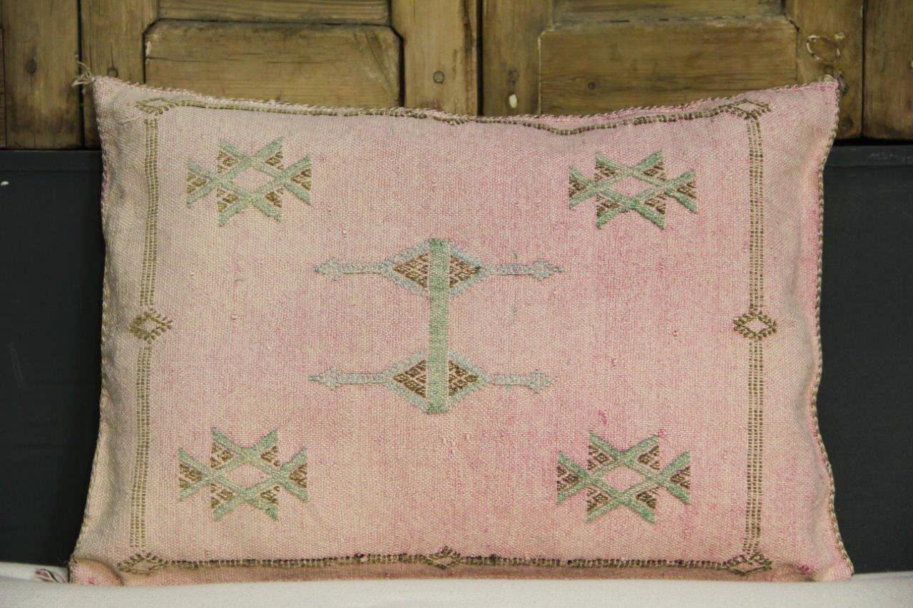 Sabra Kussen uit Marokko roze 60cm x 40cm incl vulling nr.54044