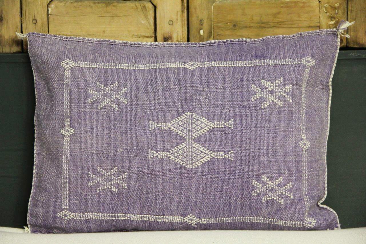 Sabra Kussen uit Marokko paars 60cm x 40cm incl vulling nr.54052
