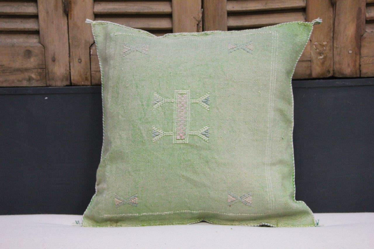 Kussen uit Marokko groen 45cm x 45cm incl vulling nr 57101