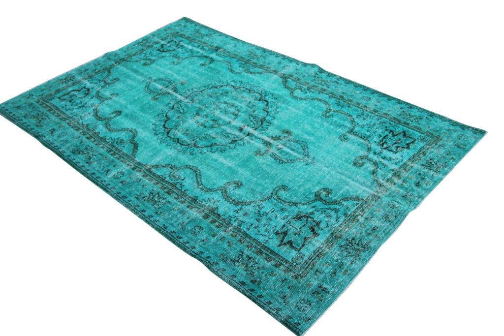 Blauw vloerkleed no 592 (277cm x 187cm) vloerkleed wat een nieuwe hippe trendy kleur heeft gekregen.