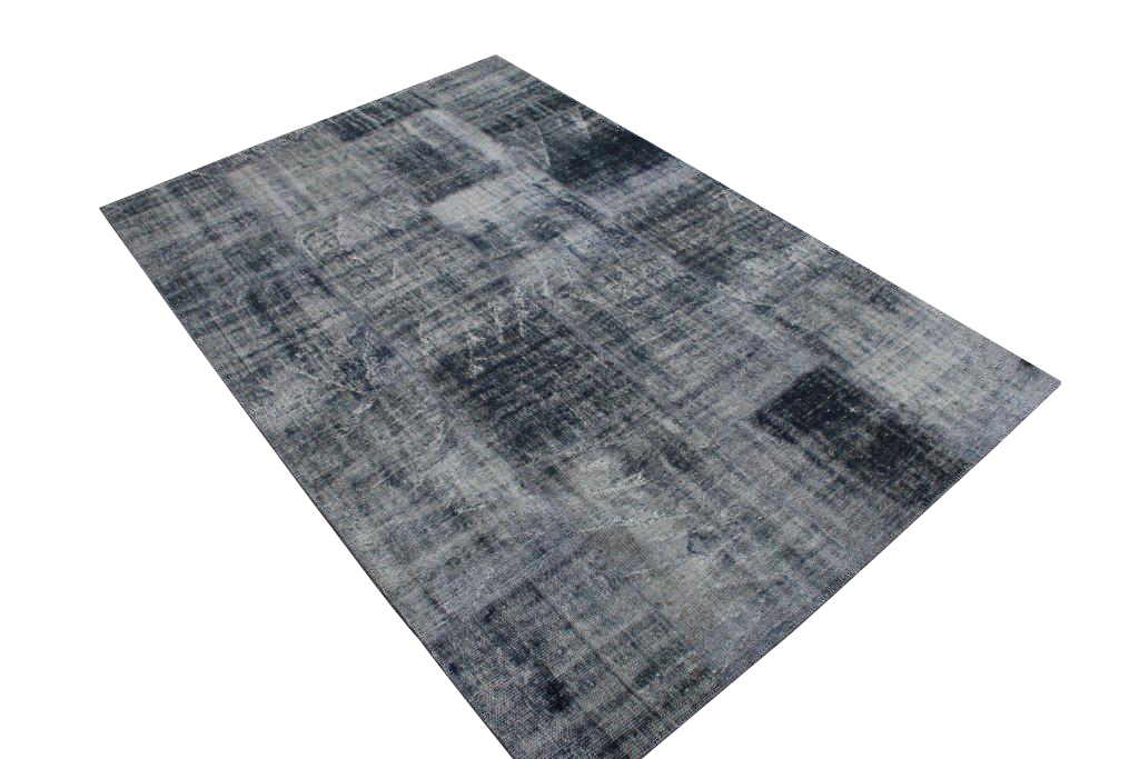 Zwart vintage patchwork vloerkleed 601 (305cm x 200cm)  U kunt dit kleed bij ons online bestellen maar u kunt het ook bekijken en eventueel kopen bij Silo 6 in Harderwijk