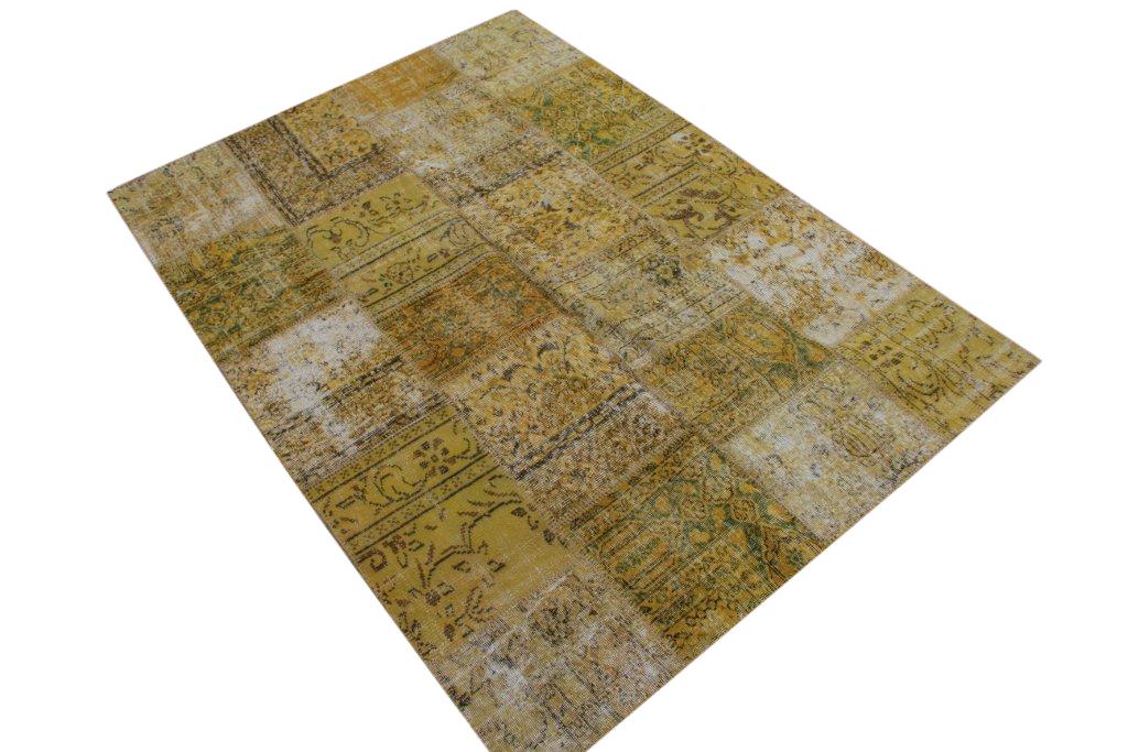 Geel patchwork vloerkleed  6043 (240cm x 170cm) gemaakt van oude recoloured vloerkleden incl.onderkleed van katoen.