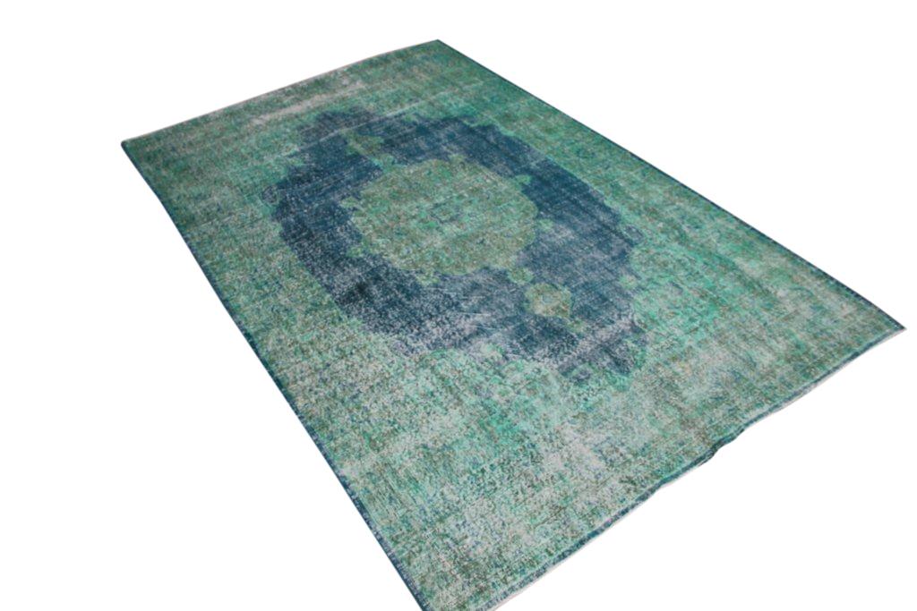 Turquoise recoloured authentieke vloerkleed nr 636D ( 313cm x 200cm)
