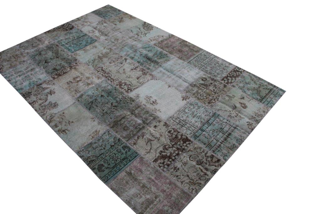 VERKOCHT!  misty green patchwork vloerkleed uit Turkije  305cm x 204cm, no 6393