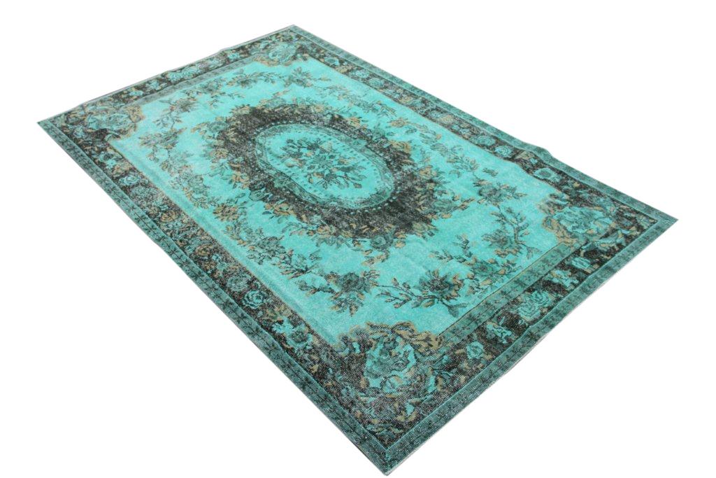 Blauw vloerkleed no 647  (286cm x 167cm) vloerkleed wat een nieuwe hippe trendy kleur heeft gekregen.