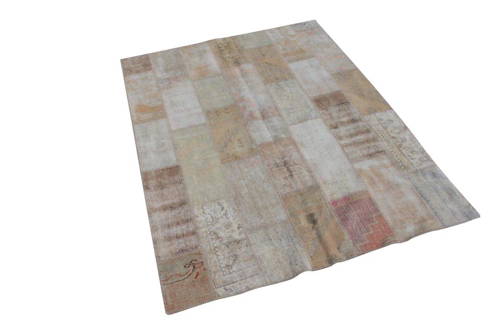 Beige patchwork vloerkleed 674D (238cm x 175cm) gemaakt van recoloured vloerkleden