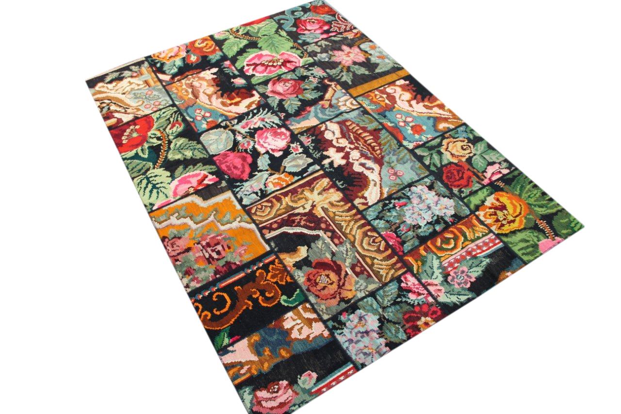 Kelim patchwork  6828  (240cm x 172cm) rozenkelim patchwork, inclusief onderkleed van katoen.