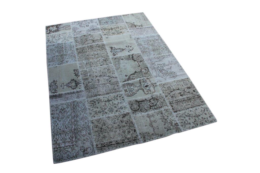 Grijs patchwork vloerkleed uit Turkije  242cm x 172cm, no 6962