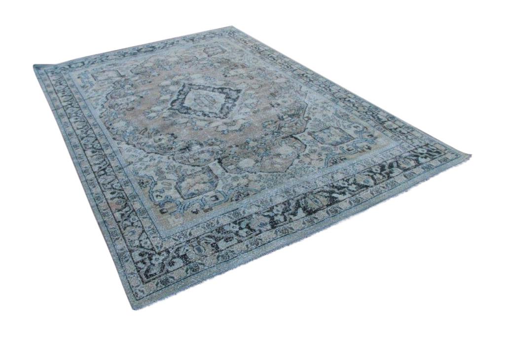 Mahal tapijt uit Iran, 304cm x 210cm  70-80 jaar oud  (dit kleed is rond 10 december in Nederland)