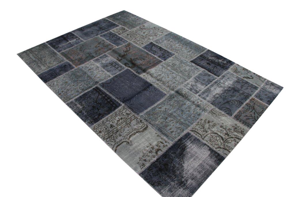 NIEUW BINNEN: donkerblauw met grijs patchwork vloerkleed uit Turkije  300cm x 210cm, no 7012