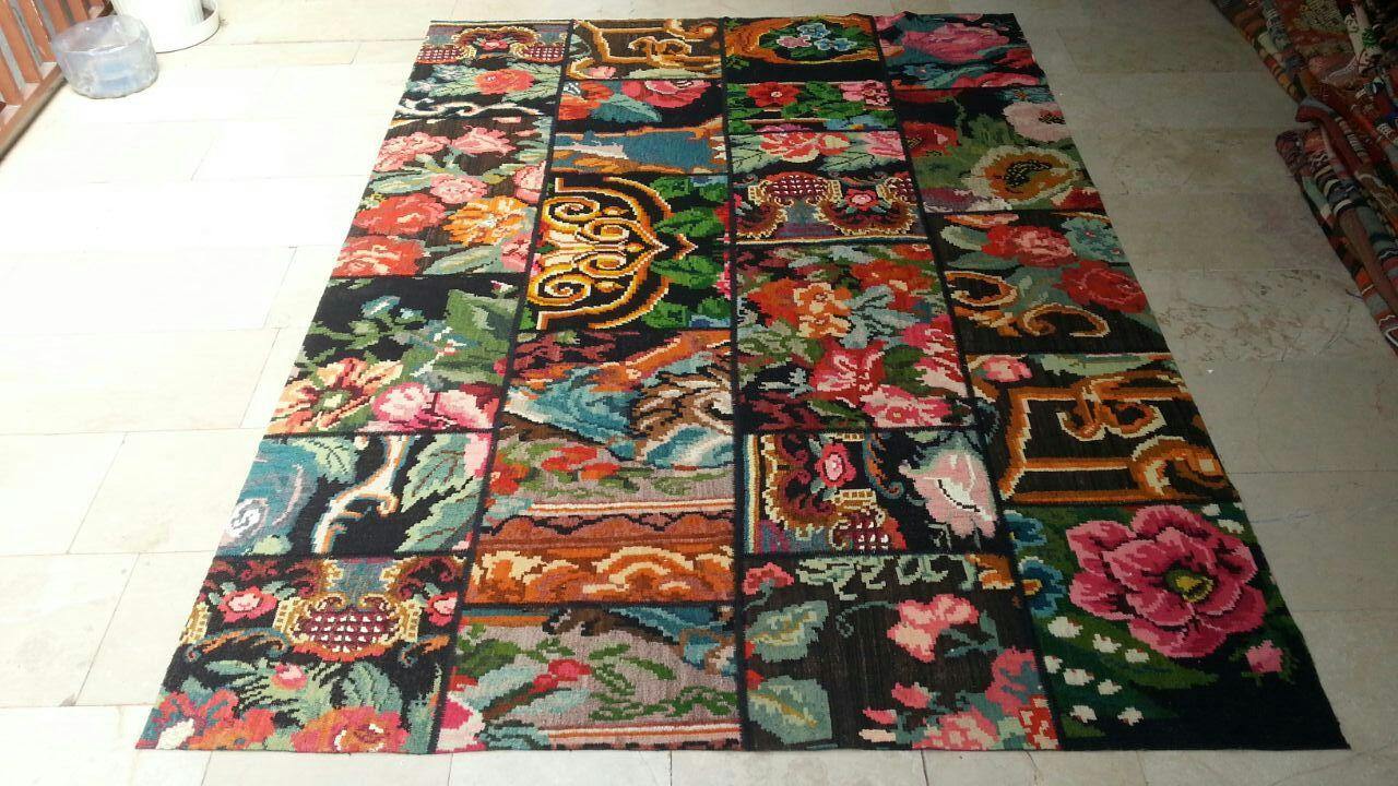 Rozenkelim patchwork  704 (240cm x 170cm) rozenkelim patchwork, inclusief onderkleed van katoen.