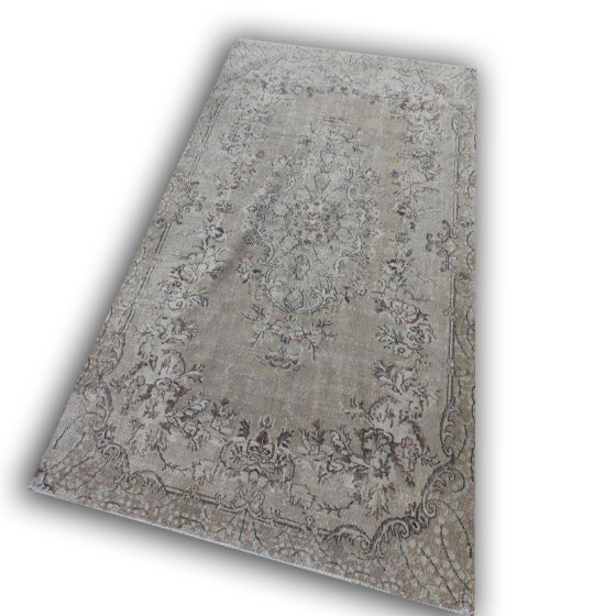 Zandkleurig vloerkleed 851 (314cm x 196cm)