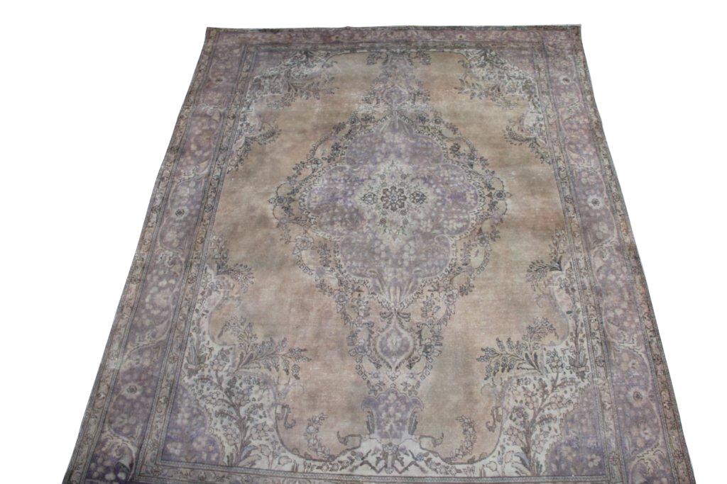 Recoloured klassiek vloerkleed nr 881 (398 cm x 303 cm) Verkocht