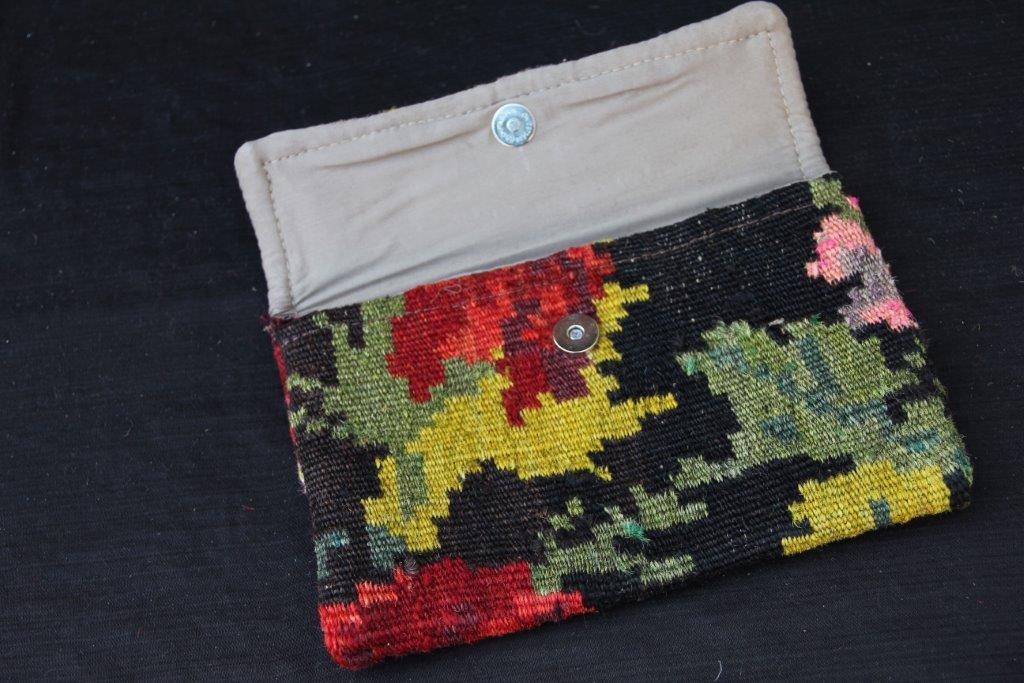 Kelimtas gemaakt van originele rozenkelim stof, tas no 903 16cm x 23cm