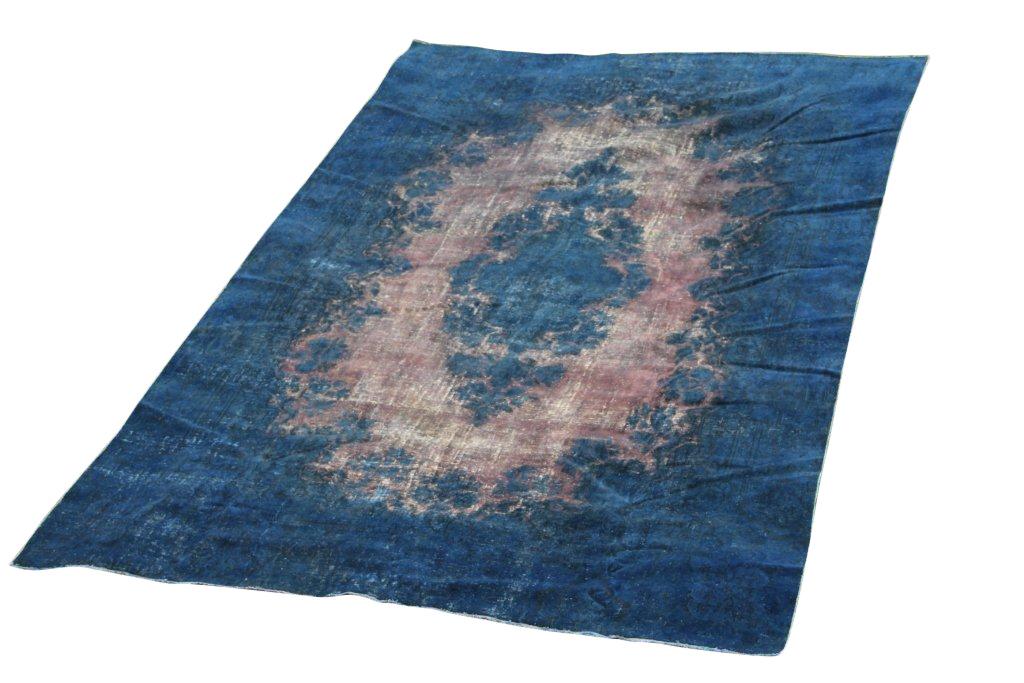 Zeer groot blauw vloerkleed 964 (486cm x 296cm) groot vloerkleed wat een nieuwe hippe trendy kleur heeft gekregen.