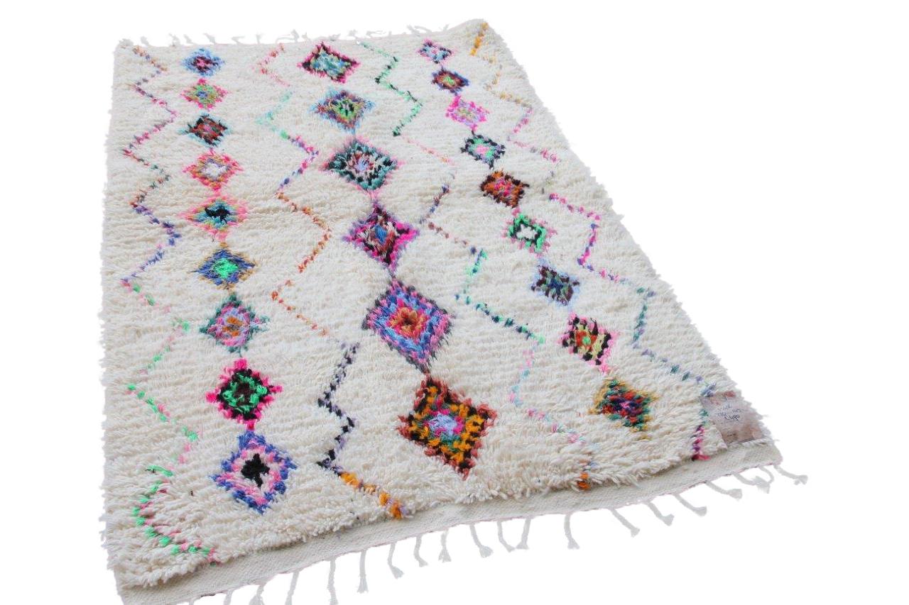 Azilal vloerkleed  220cm x 165cm   hoogpolig vloerkleed uit Marokko
