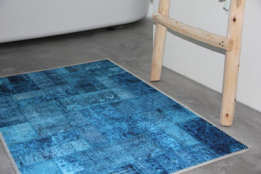 Badmat blauw  100cm x 63cm 100% polyester   - nu met tijdelijk gratis badmat; strand - OP is OP!!!