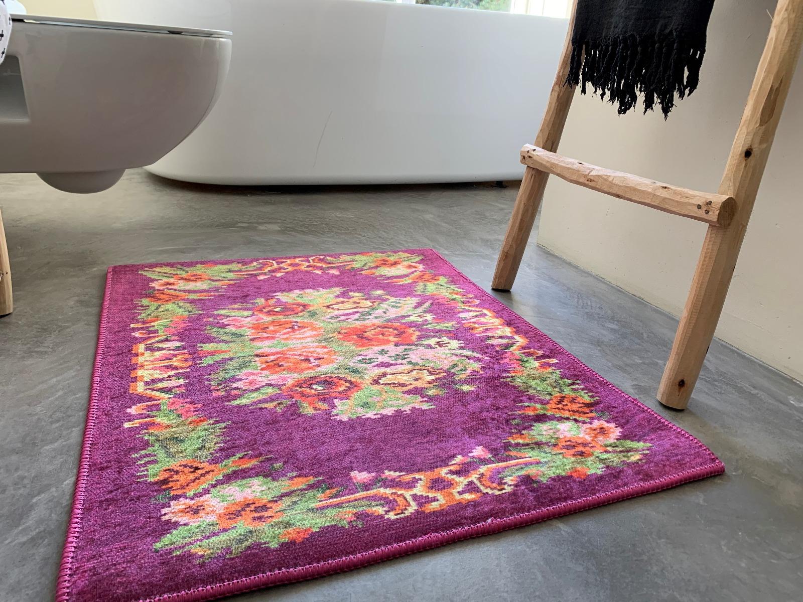 badmat van rozenkelim paars
