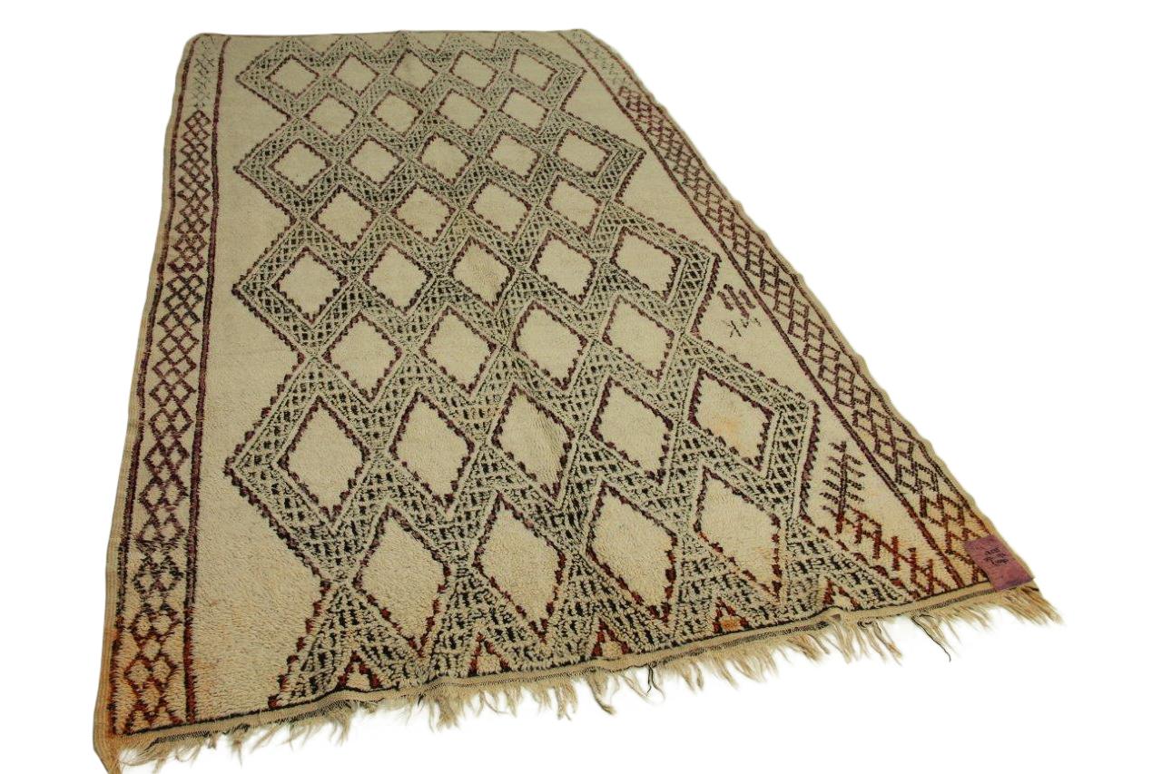 Oud vloerkleed uit marokko