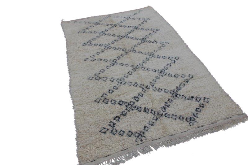 Beni Ouarain vloerkleed uit Marokko 292cm x 174cm (nr 3547)