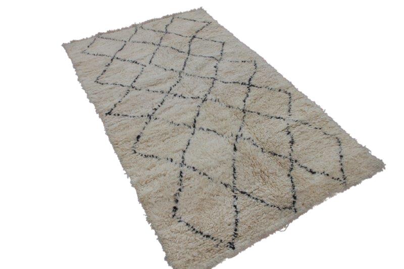 Beni Ouarain vloerkleed uit Marokko 259cm x 152cm (nr 3620)