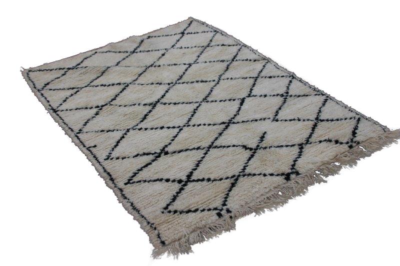 Beni Ouarain vloerkleed uit Marokko 220cm x 163cm (nr 3795)