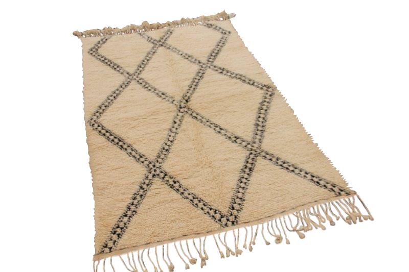 Beni Ouarain vloerkleed uit Marokko 244cm x 148cm (nr 438)