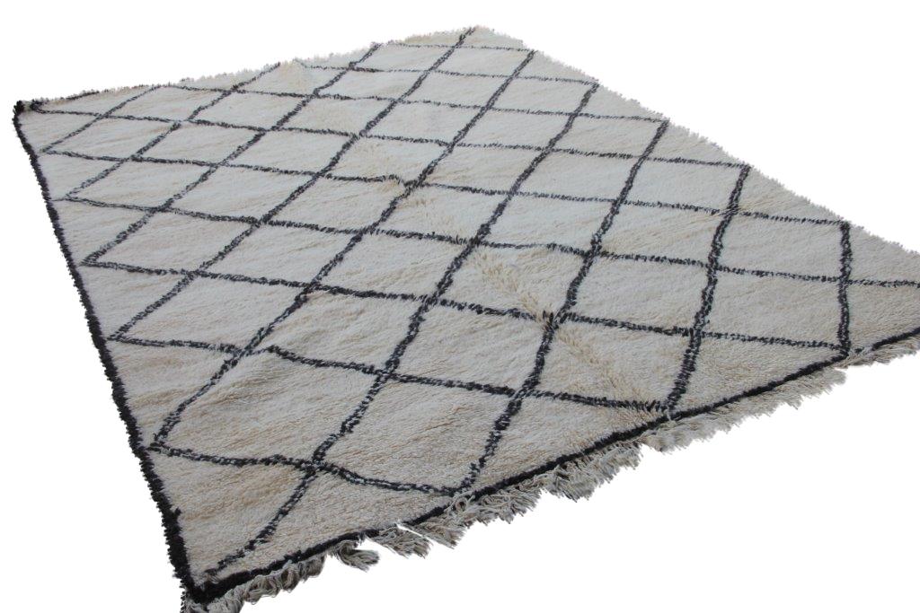 Ivoorwit Beni Ouarain vloerkleed uit Marokko no 9558 (295cm x 214cm)