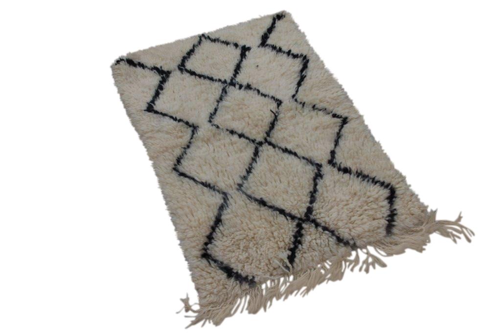 Klein Beni Ouarain vloerkleed uit Marokko 100cm x 70cm (nr 804)
