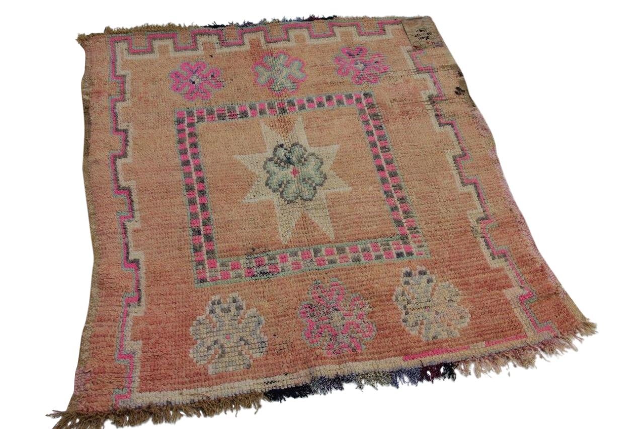 Klein beni mguild vloerkleed uit Marokko