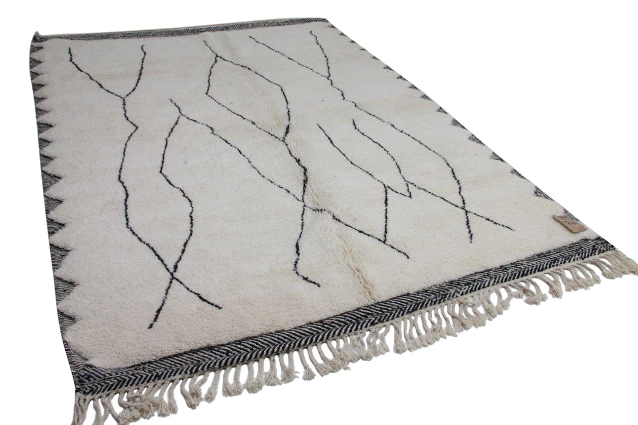 Beni ouarain hoogpolig vloerkleed uit Marokko  310cm x  220cm