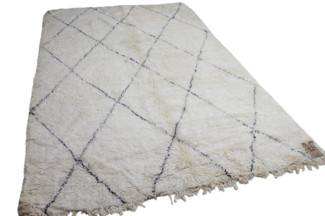 Beni ouarain hoogpolig vloerkleed uit Marokko  330cm x  215cm