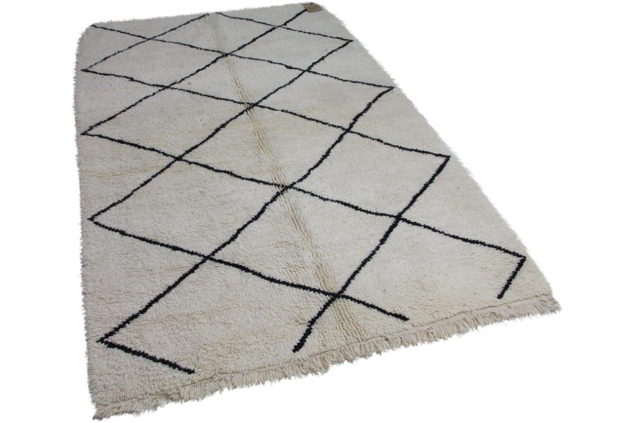 Afbeelding van Beni ouarain hoogpolig vloerkleed uit Marokko 260cm x 164cm