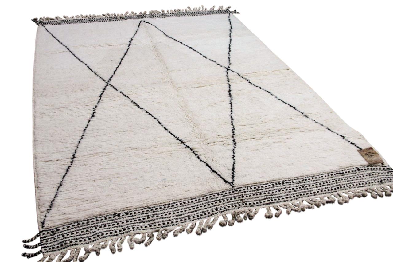 Beni ouarain hoogpolig vloerkleed uit Marokko 41400 300cm x 208cm