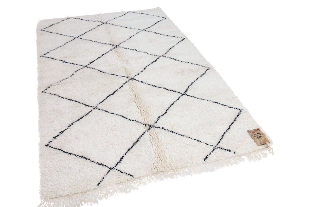 Beni ouarain hoogpolig vloerkleed uit Marokko 41402 230cm x 156cm