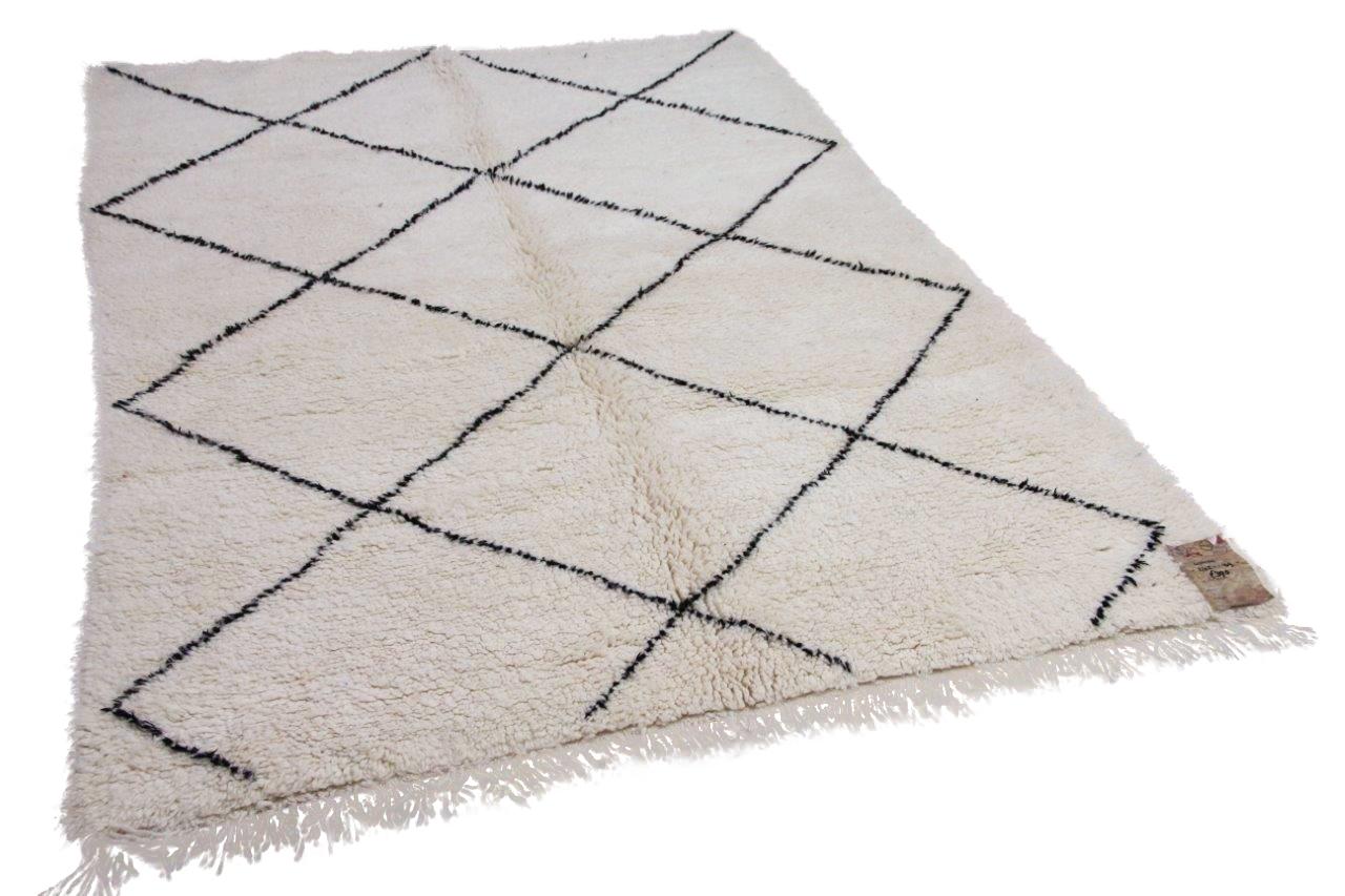 Beni ouarain hoogpolig vloerkleed uit Marokko 41414 242cm x 169cm