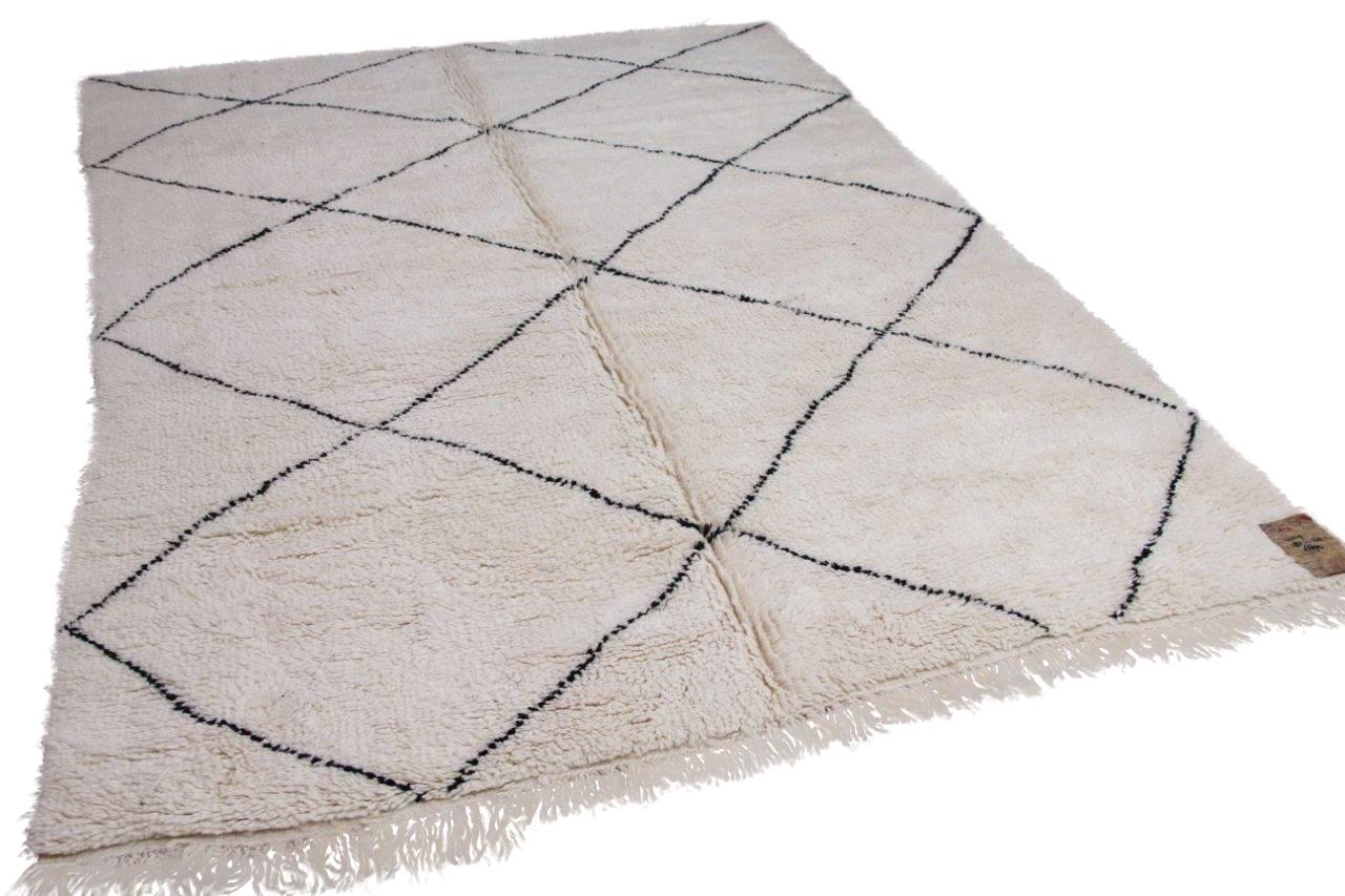 Beni ouarain hoogpolig vloerkleed uit Marokko 41419 287cm x 210cm