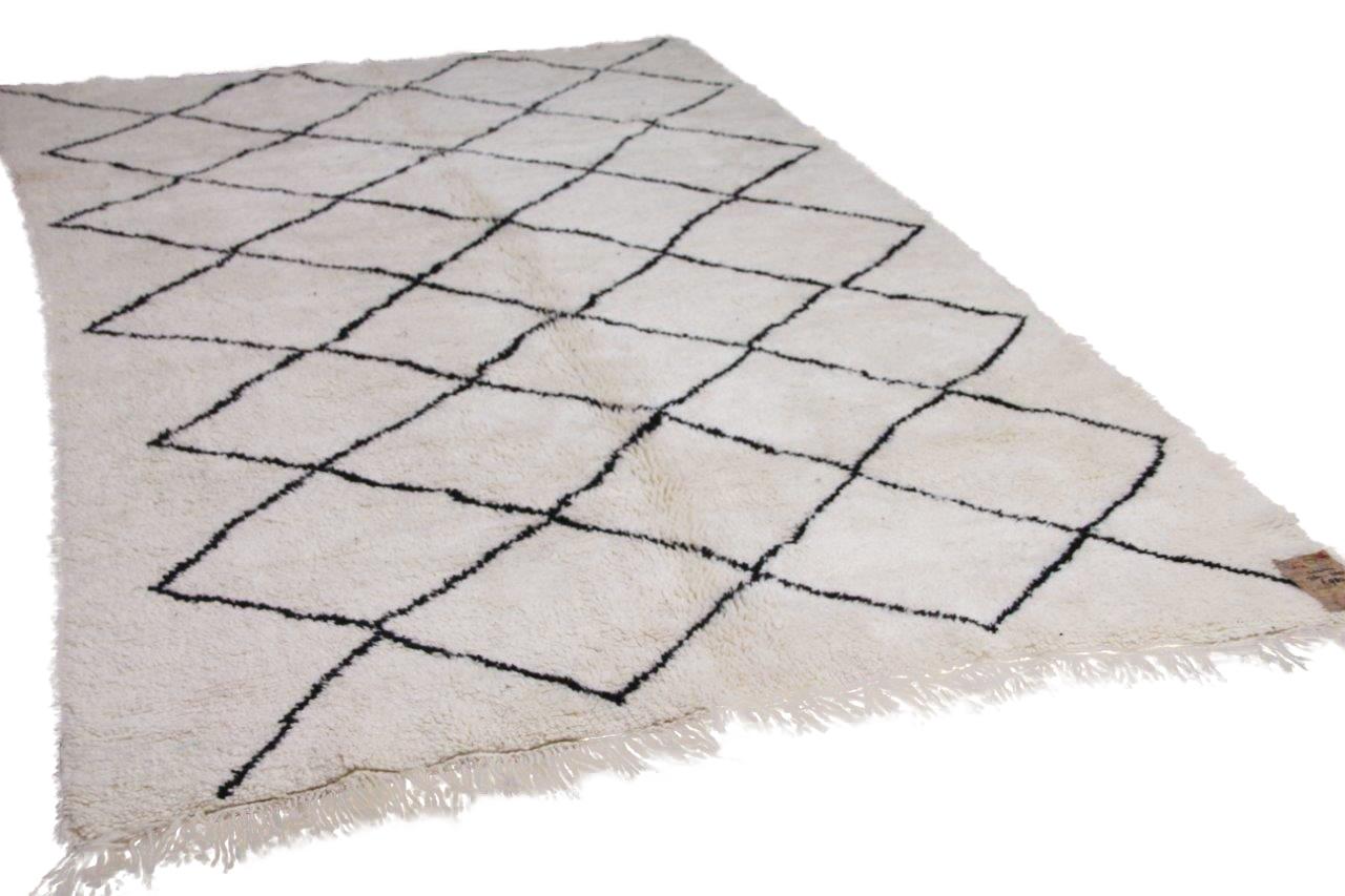 Beni ouarain hoogpolig vloerkleed uit Marokko 41424 326cm x 200cm