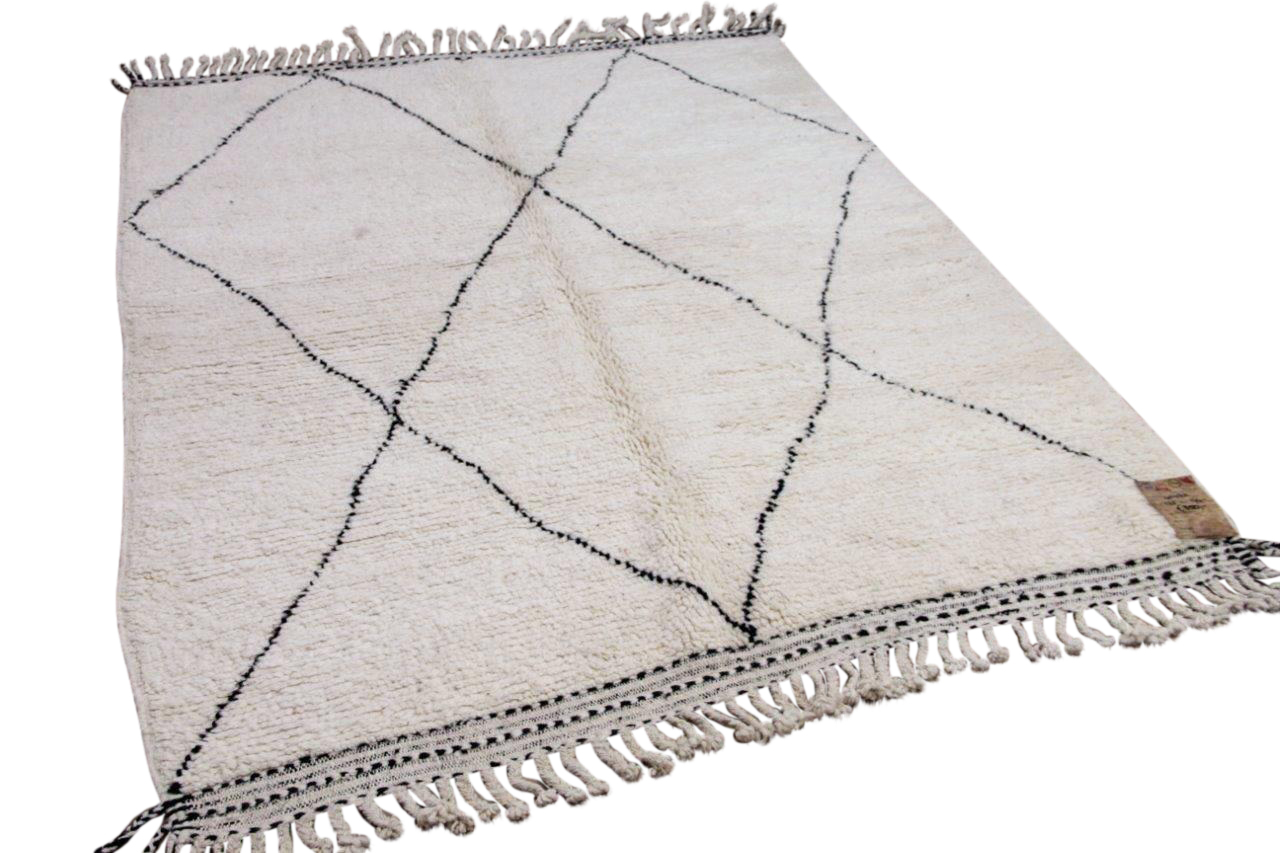 Beni ouarain hoogpolig vloerkleed uit Marokko 41432 225cm x 174cm