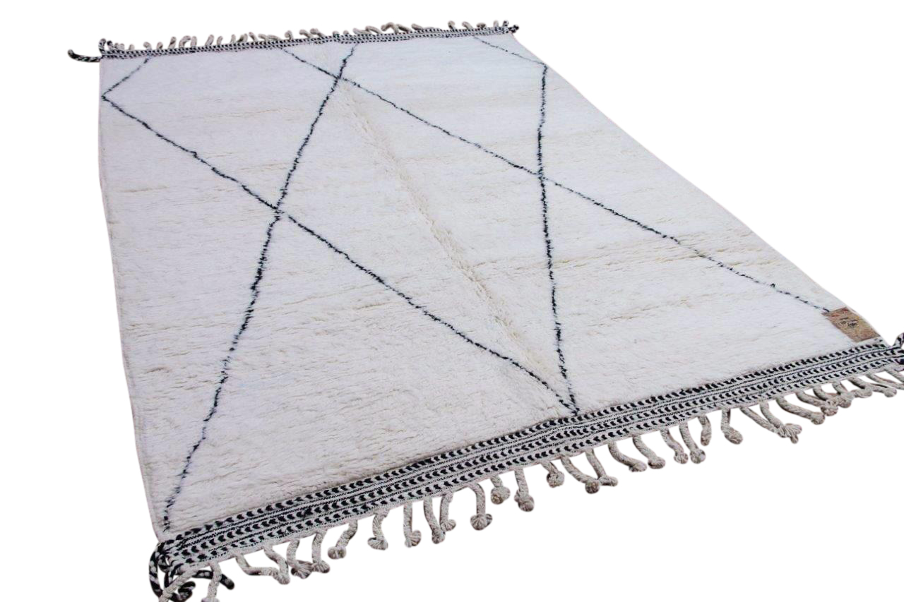 Beni ouarain hoogpolig vloerkleed uit Marokko 41433 230cm x 152cm
