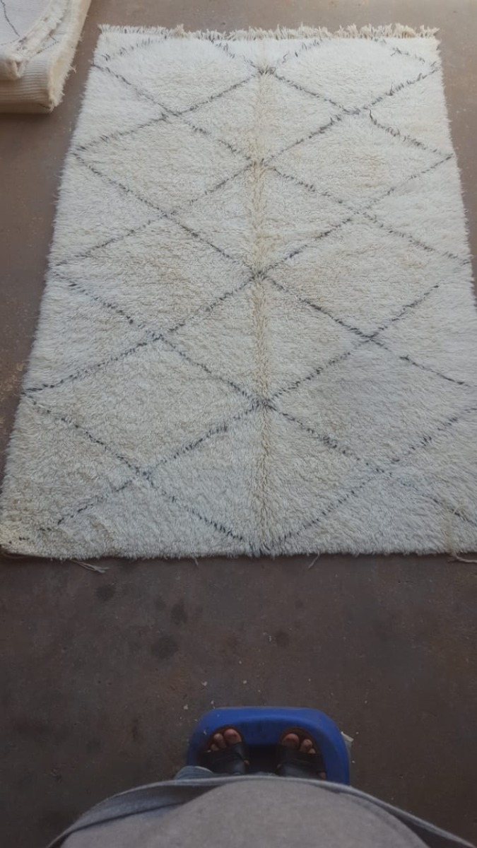 Beni-ouarain-uit-marokko-250cm-x-150cm-nr87786