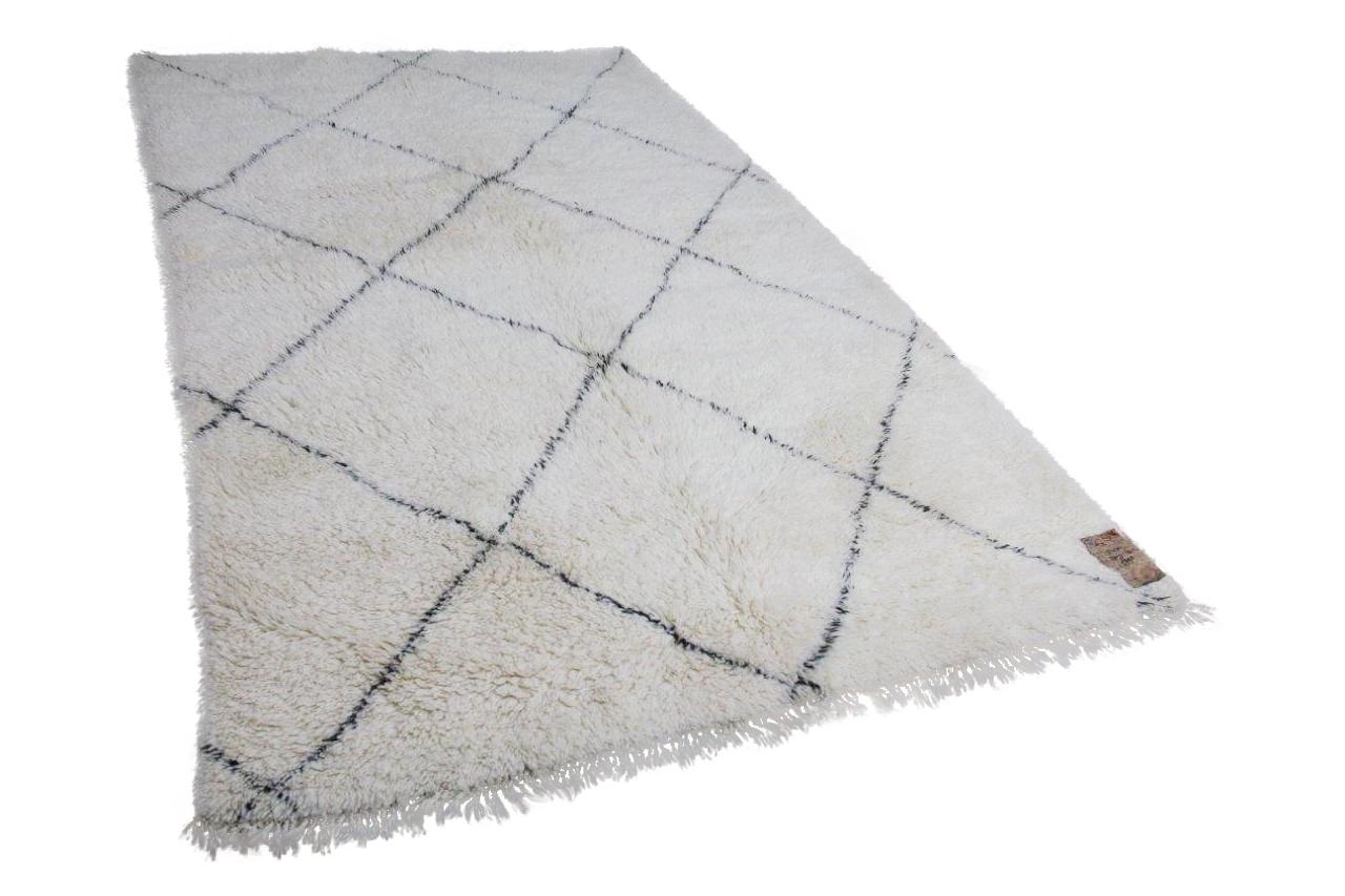 Beni ouarain hoogpolig vloerkleed uit Marokko 91430 270cm x 170cm