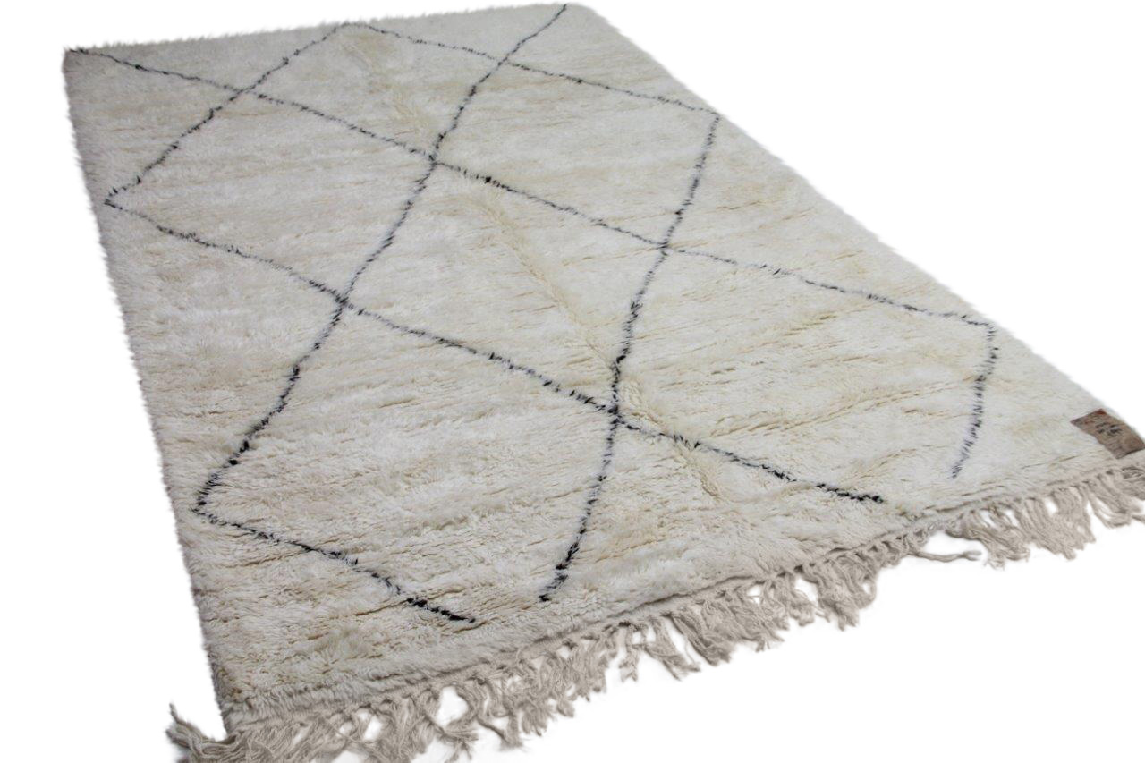 Beni ouarain vloerkleed uit Marokko 93297 305cm x 204cm