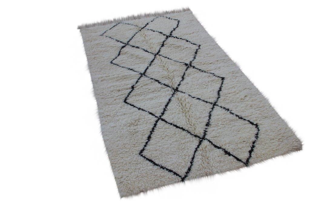 Klein Beni Ouarain vloerkleed uit Marokko 244cm x 144cm (nr 805)