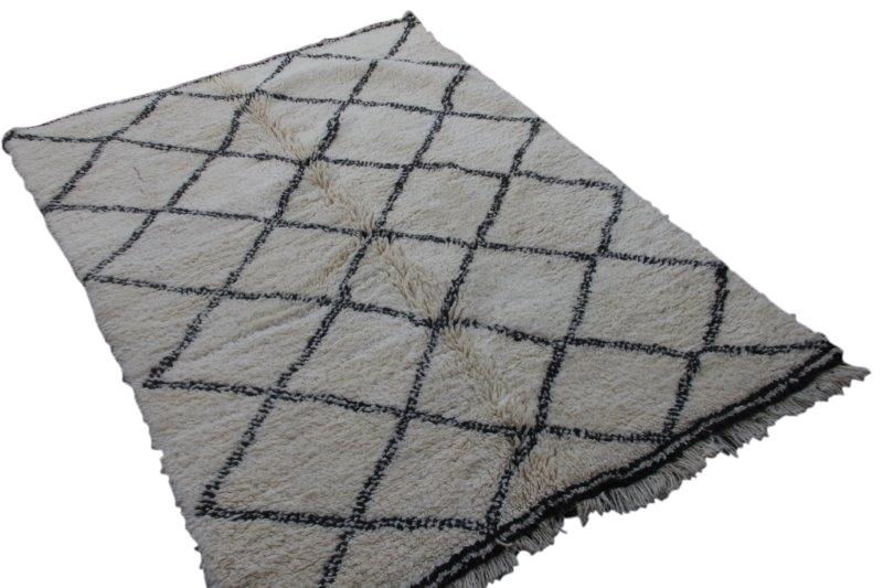 Ivoorwit Beni Ouarain vloerkleed uit Marokko no 3007 (222cm x 160cm)