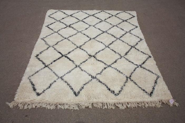 VERKOCHT Beni Ouarain vloerkleed uit Marokko 300cm x 200cm (nr 9881) (kleed wordt  rond 10 oktober in Nederland verwacht)