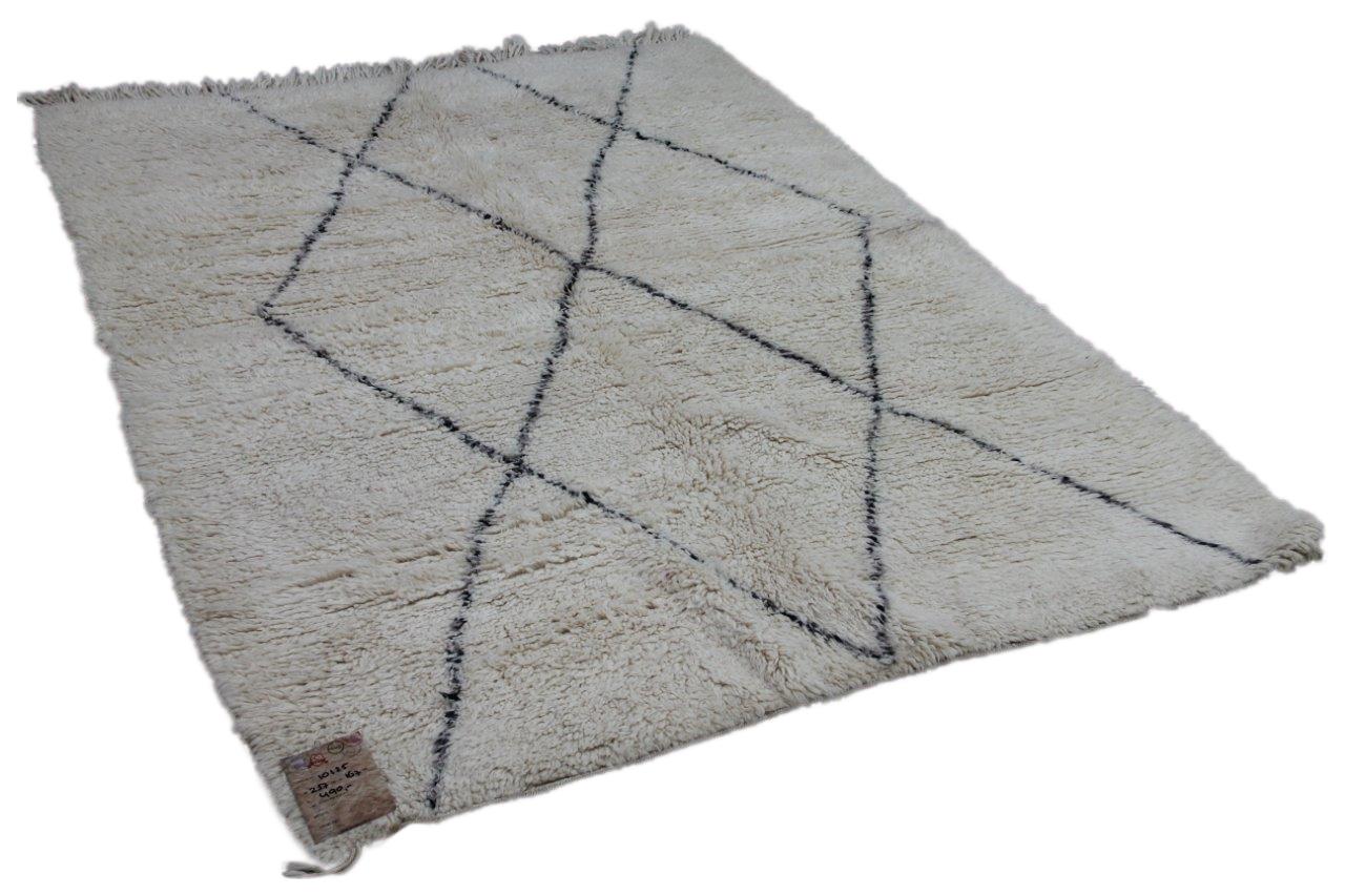 Afbeelding van Beni ouarain hoogpolig vloerkleed uit Marokko 10135 257cm x 167cm