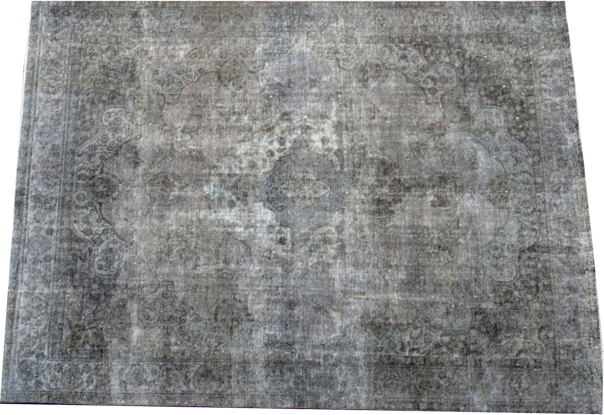 Black carpet (380cm x 285cm)