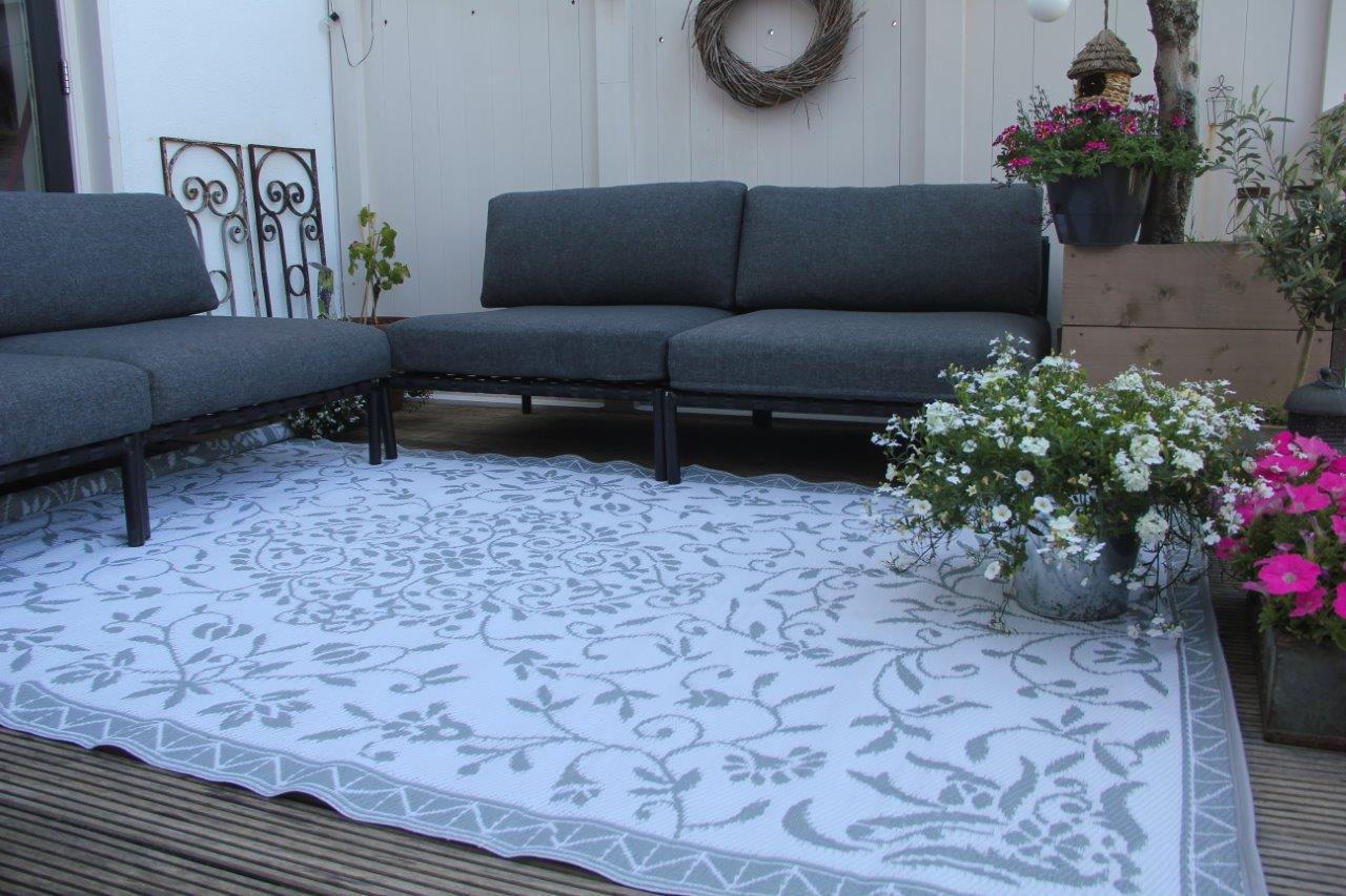 Buitenkleed grijs wit van gerecycled gevlochten kunststof 270cm x 180cm