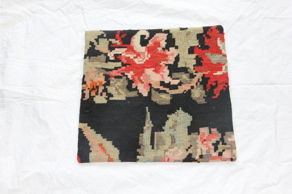 Rozenkelim kussen E014 (45cm x 45cm)